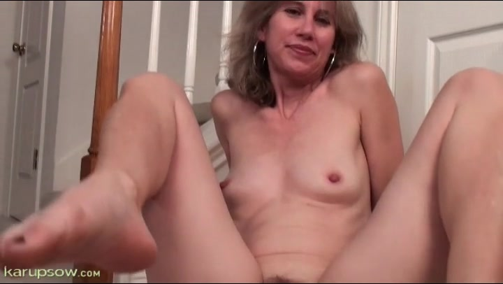 Olivia pussy close up, son and mom sex vids