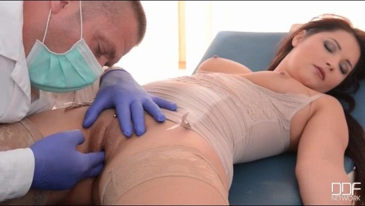 jordan-asian-doctor-fingers-examines-students-video-power-tits