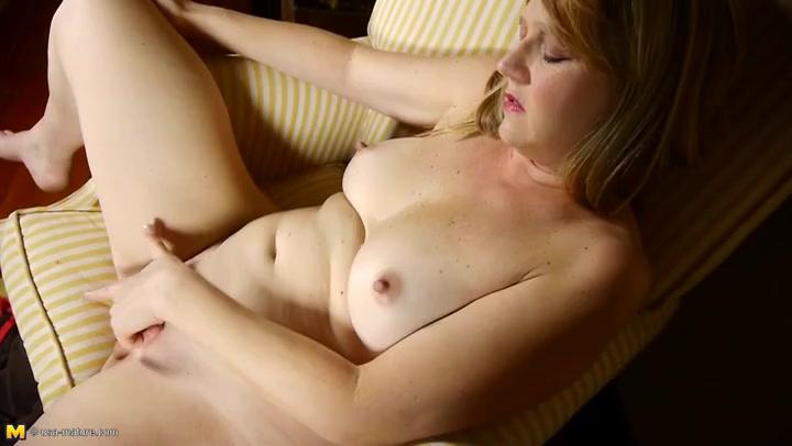 Mature Blonde Milf Creampie
