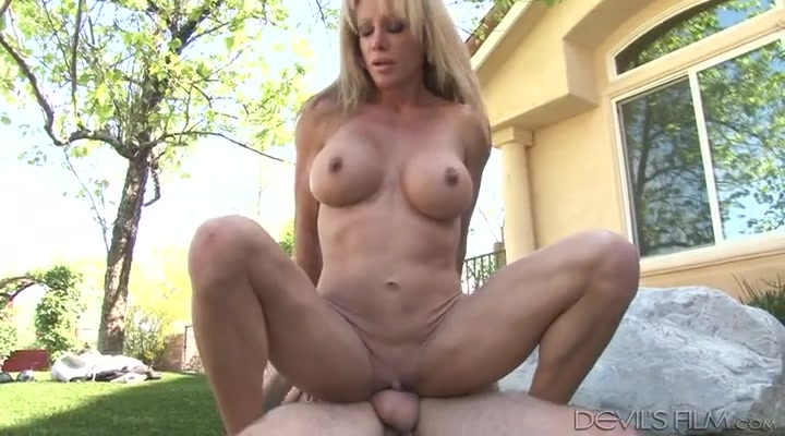 Fucked outdoor titty milf